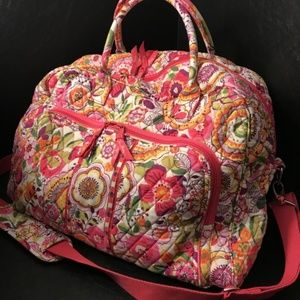 Vera Bradley  large Travel bag Clementine flowers